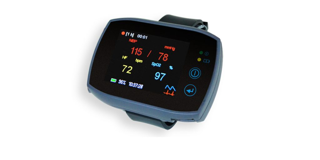 The SOMNOtouch NIBP has various display options. Here it is showing the blood pressure, pulse and SpO2