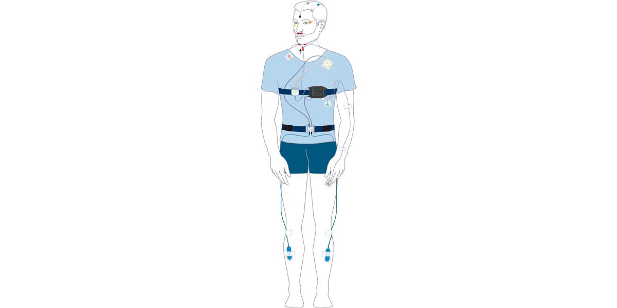 Applikation einer Polysomnographie mit der SOMNOtouch™ RESP, Ambulante PSG, zuhause
