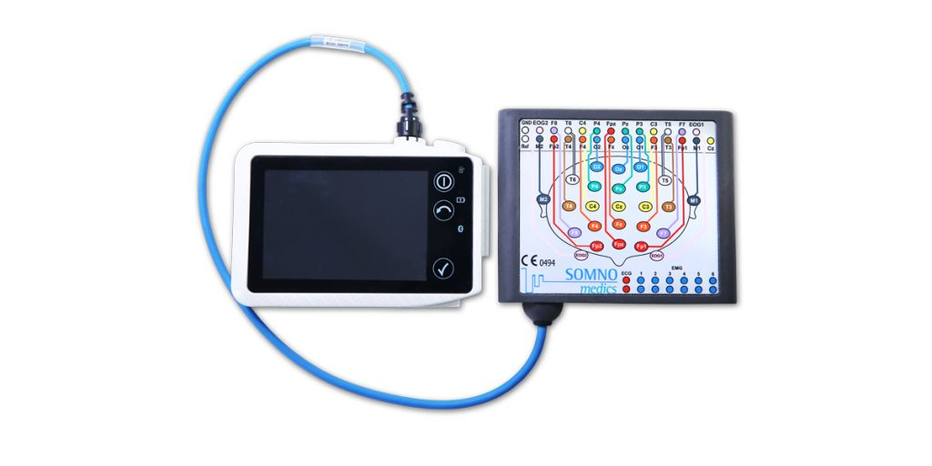 The SOMNOscreen HD with the LONG-TERM EEG 32 headbox attached. It remains compact and mobile.