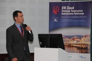 Dr Michael Popp lecturing in poland on cuffless blood pressure monitoring