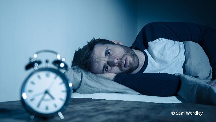 Insomnie - Mensch und Wecker beweisen das